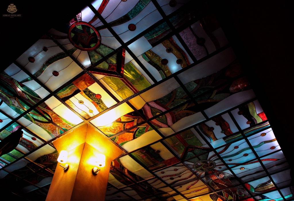 Ceiling with Tiffany stained glass